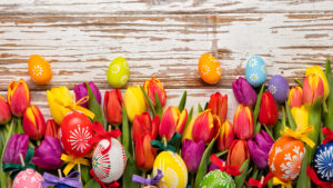 Holidays_Easter_Tulips_Many_Wood_planks_Eggs_517192_3840x2160